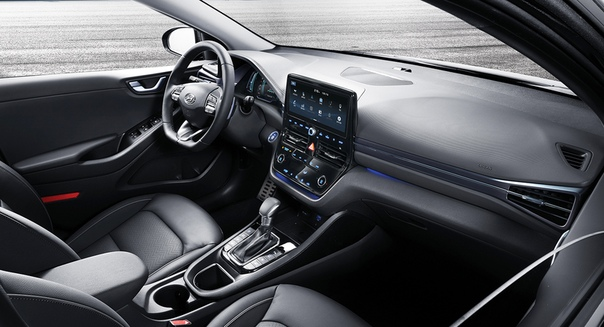 Рестайлинговый Hyundai Ioniq разжился новой электроникой Фото: компания HyundaiСемейство Hyundai Ioniq вышло на мировой рынок три года назад и постепенно набирает популярность. Например, в