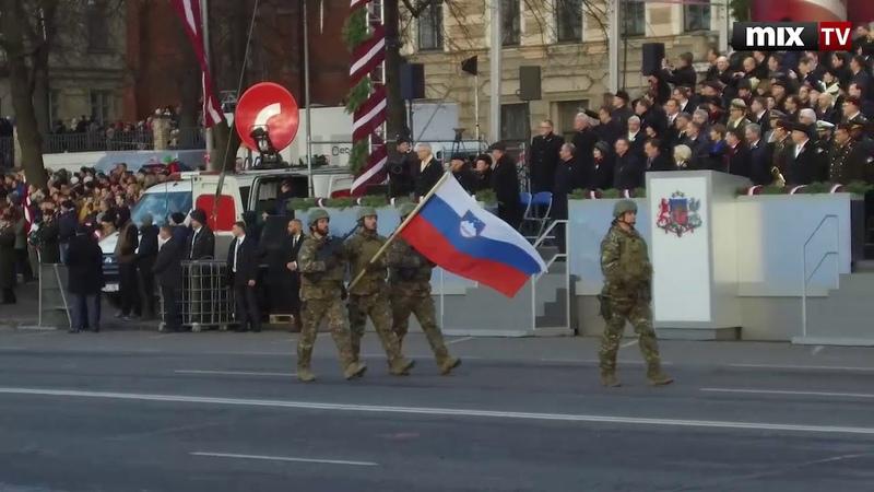 В Риге прошел военный парад в честь столетия Латвии MIXTV