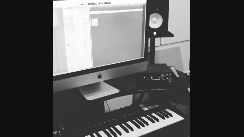 Tima QJ on Instagram_ _Мына флоуды Казакстанга алы(MP4)