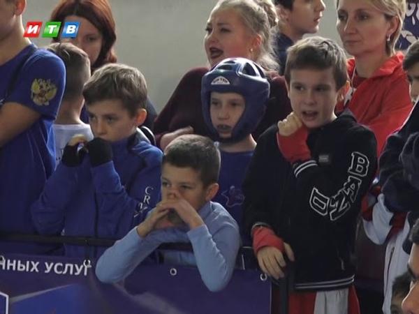 Крымские кикбоксеры завершили сезон