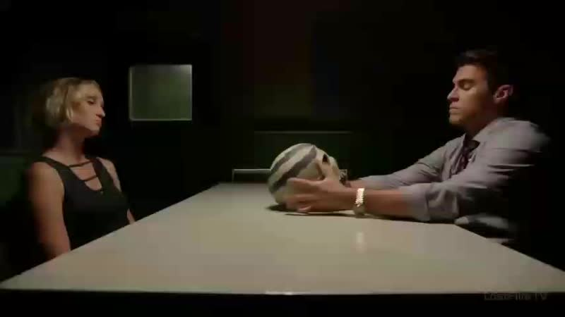 Эдриан Чейз ведёт допрос (RU)