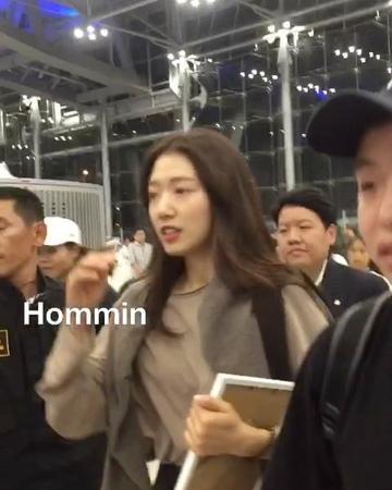 "Namhom Minoz on Instagram: ""bye bye 👋 onni อย่างไรก็ตามในใจก็มีแค่ MinShin เท่า3609"