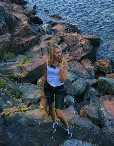 Екатерина Ростунова