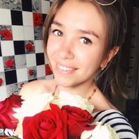 Лиза Половинкина