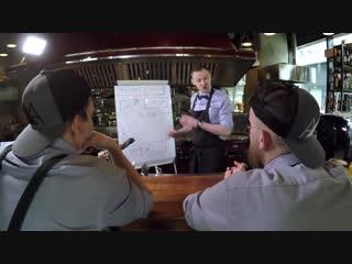 HELLO KITCHEN серия 15. Что должен знать каждый шеф-повар! Лекция о работе кухни от Андрея Жданова