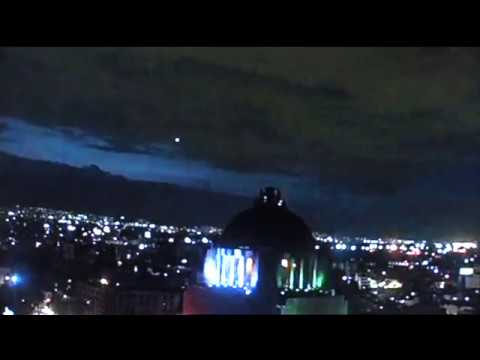Massive multiple UFO sightingspossible Alien abduction captured over Mexico city.1.9.2018.