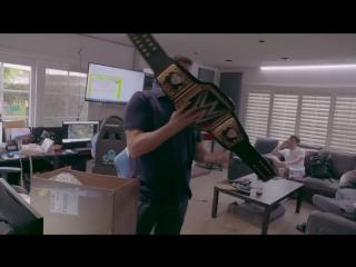 Чемпионский пояс в подарок владельцу Cloud9/London Spitfire от рестлера Triple H