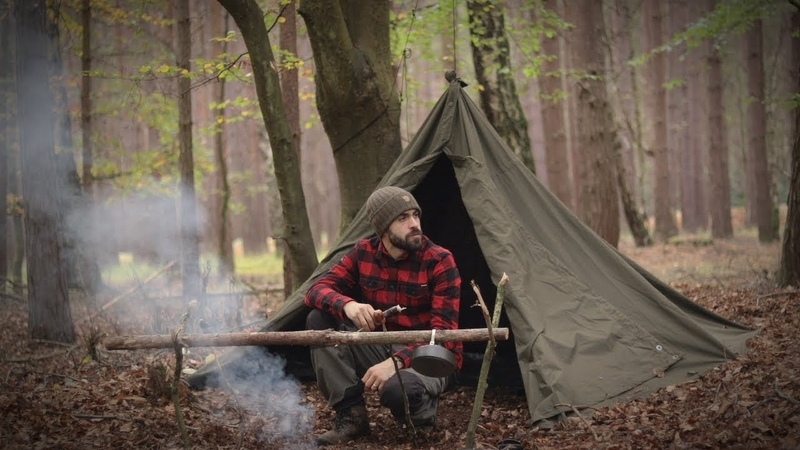 Solo Bushcraft Overnight - Swedish Axe, Canvas Lavvu, Wool Blanket