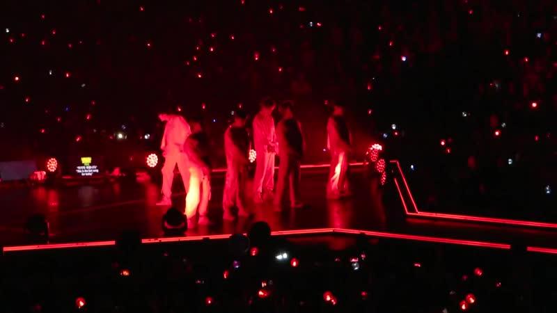 "BTS (방탄소년단) - ""MIC DROP"" ♪ LIVE IN PARIS @ ACCORHOTELS ARENA181019 2018.10.19 by Nowayfarer"