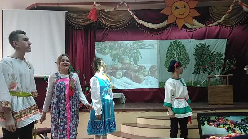 Районный фольклорно этнографический праздник Мы на Волге живем