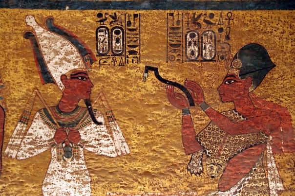Ученые обнаружили тайники в гробнице Тутанхамона