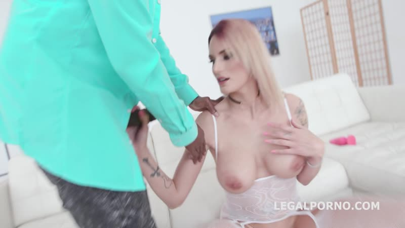 Marie Clarence ( Blackbusters Marie gets 3 BBC with Intense Balls Deep Anal and DP, Gapes, DAP, messy cumshot