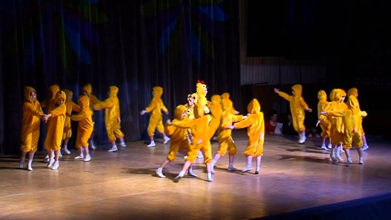 Фестиваль танцующих классов гимназии №3 г Иркутска 27 04 2013 Танец 2В На птичьем дворе
