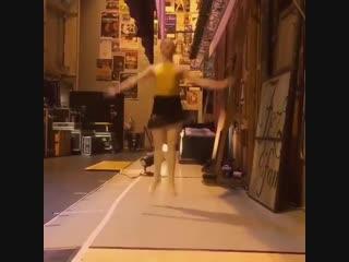 Балетные прыжки :)