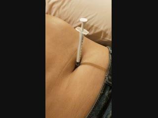 Stabbing youva's navel 1