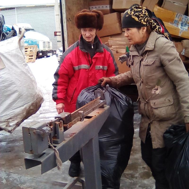 Дмитровский дворник доказал, как выгодна переработка отходов