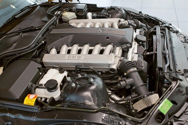 Заводской свап: уникальная BMW Z3 с мотором V12