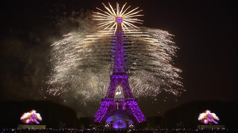 La Fête nationale française Paris Tour Eiffel 14 juillet 2018 Feu d'artifice