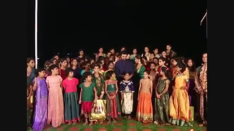 Рам Чаран Теджа фестиваль цветов 2018