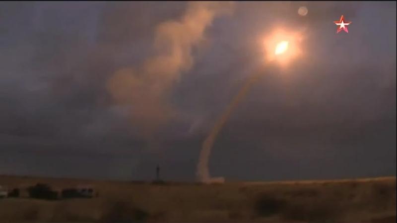 Смертоносный шлейф в небе расчеты «Триумфов» уничтожили «самолеты-мишени» под Астраханью
