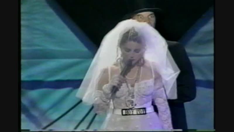Madonna-Like a virgin [MTV Video Music Awards] 1984 ( 480p )