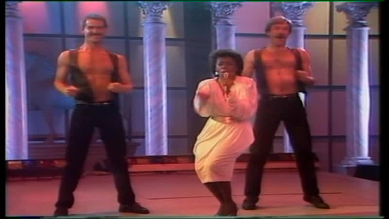 Boys Town Gang — Cant Take My Eys Off You (Toppop 18-05-1982) = 40 Jaar Top 40 - 1981-1982