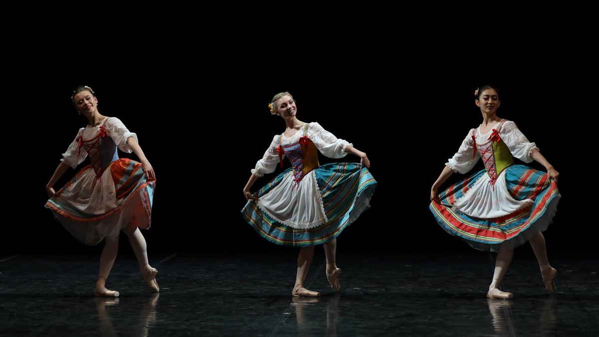 """Отрывок из балета """"Неаполь"""""""