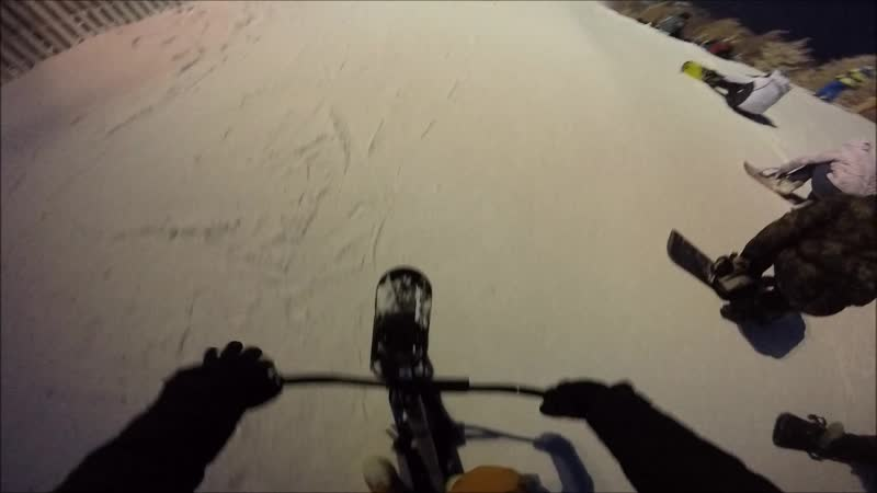 Ночной Банчик- Прекрасен !! p.s.Полное видео спуска на Snowscoot-е