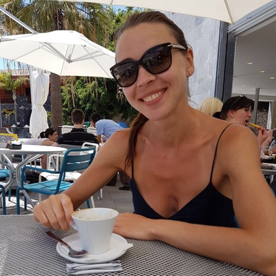 Наташа Ларионова