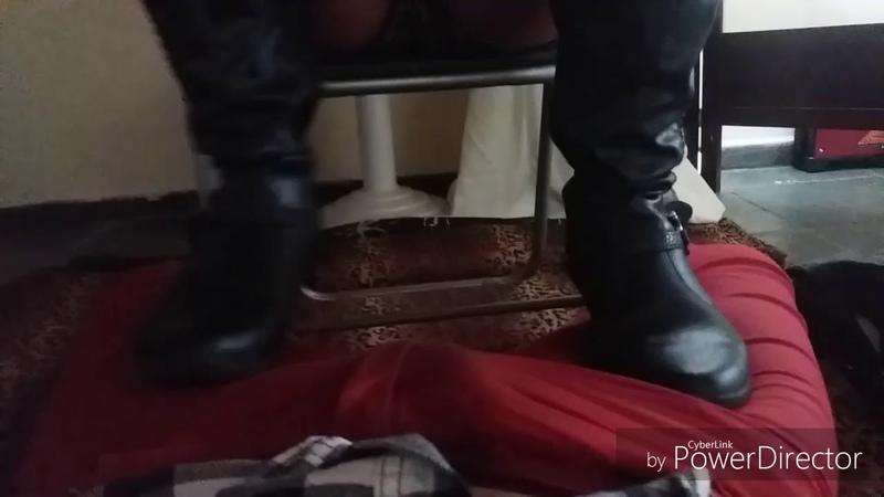 Trample de botas! (Podolatria) sessões