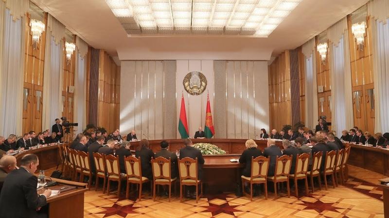 Лукашенко считает важным привлекать неравнодушных минчан к решению проблем столицы
