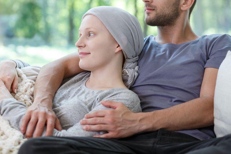 Узнайте о побочных эффектах комбинации химиотерапевтических препаратов  АБВД (ABVD).