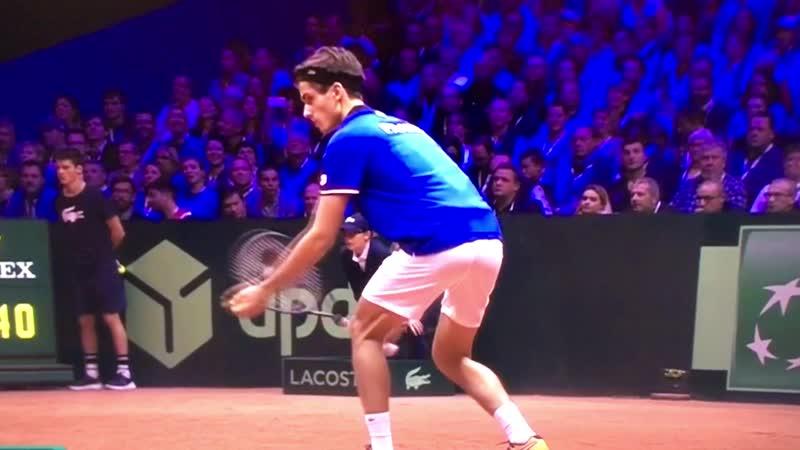 Футуризм в теннисе — А я механический робот