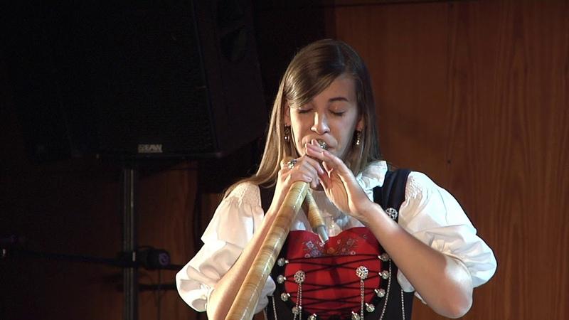 Lisa Stoll Gastauftritt bei der Polizeimusik Zürich-Stadt
