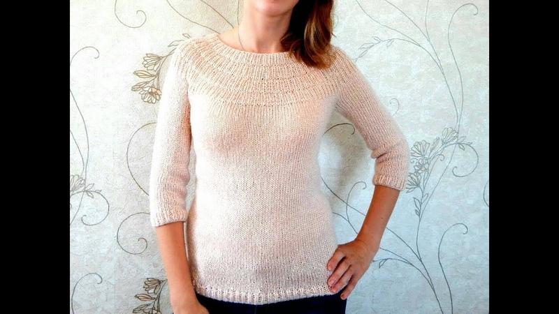 Пуловер с круглой кокеткой без швов связанный спицами сверху вниз с азиатским ростком