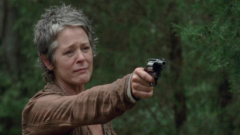 TWD S4E14 - Carol Kills Lizzie