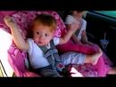 малыш просыпается от песни опа ганган стайл