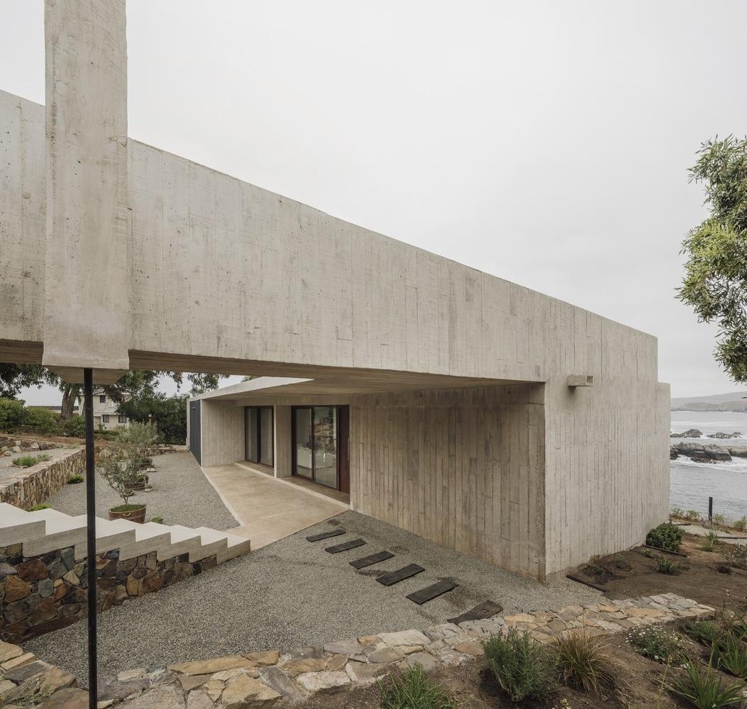 Cipolla House / Felipe Assadi Arquitectos