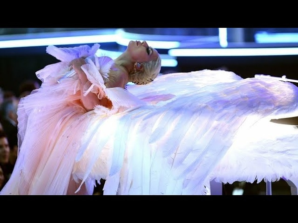Lady Gaga - Joanne / Million Reasons (Live At The Grammys 2018) FULL PERFORMANCE VIDEO