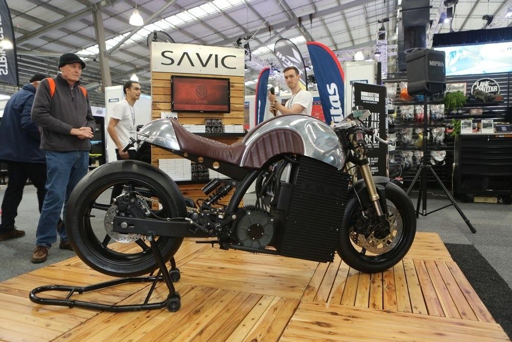 Электрический кафе рейсер Savic Alpha