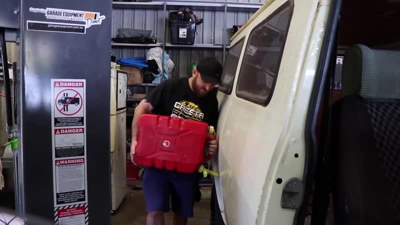 Ford Barra 4.0л турбо в старый фургон Bedford Часть 16 [BMIRussian]
