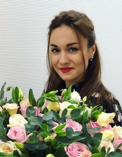 Анна Коломиец