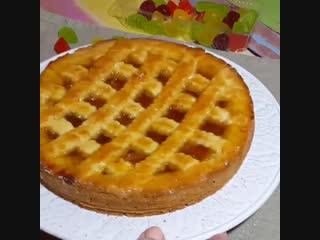 Быстрый и простой пирог с вареньем