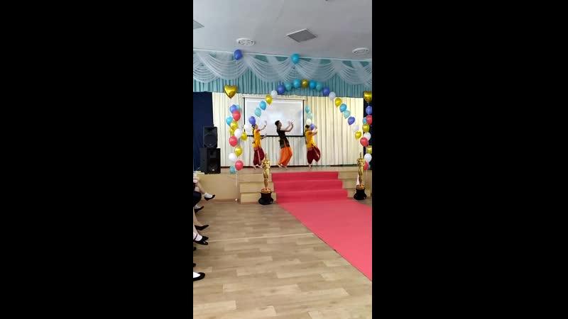 Илона Силкина. Ансамбль индийского танца Маюри