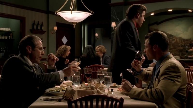 (Клан Сопрано S04E10_03) Консильери, капитан и солдат обедают в рестике и говорят про Ральфа