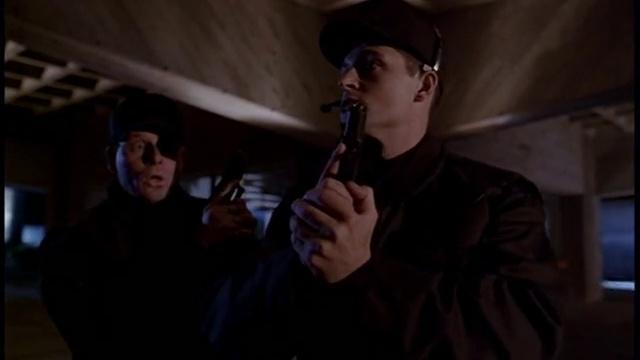 X-Files s01e010 «Падший ангел»