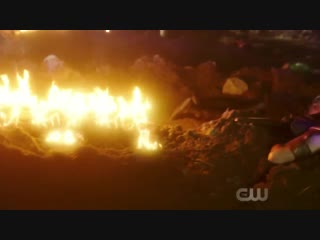 DCTV Elseworlds Crossover Teaser - The Flash The Monitor on Earth-90 (HD)
