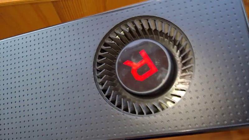Дефект испарительной камеры референсной AMD Radeon RX Vega 56