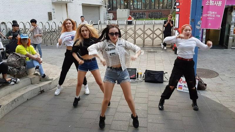20190515 홍대버스킹 매일반가운 외국 미녀댄스팀 (0508) - RED SPARK _ Korea Team