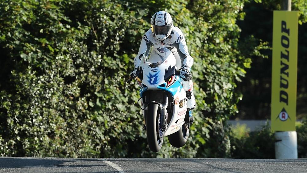 TT 2019: Майкл Раттер выиграл TT Zero 2019